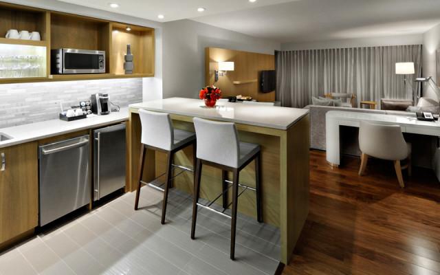 The-James-Hotel_Roderick-Benedict-2bedroom-Suite