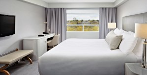 The-James-Hotel_Classic-King-Suite